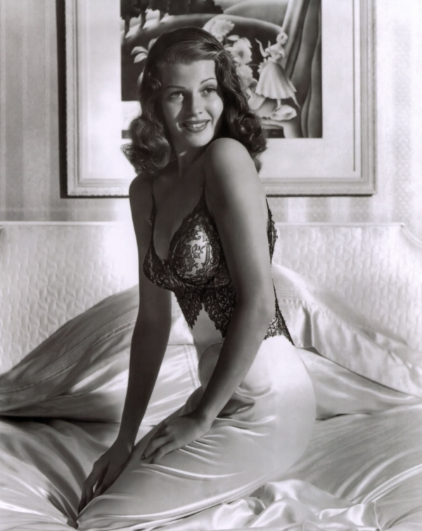 600full-rita-hayworth